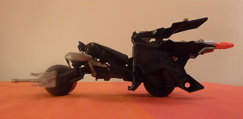 The Dark Knight Rises Attack Armour Bat-Pod Toy Review