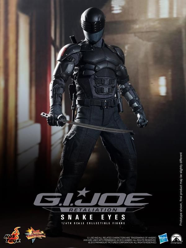 Snake Eyes Figure GI Joe Retaliation Hot Toys Hasbro 01