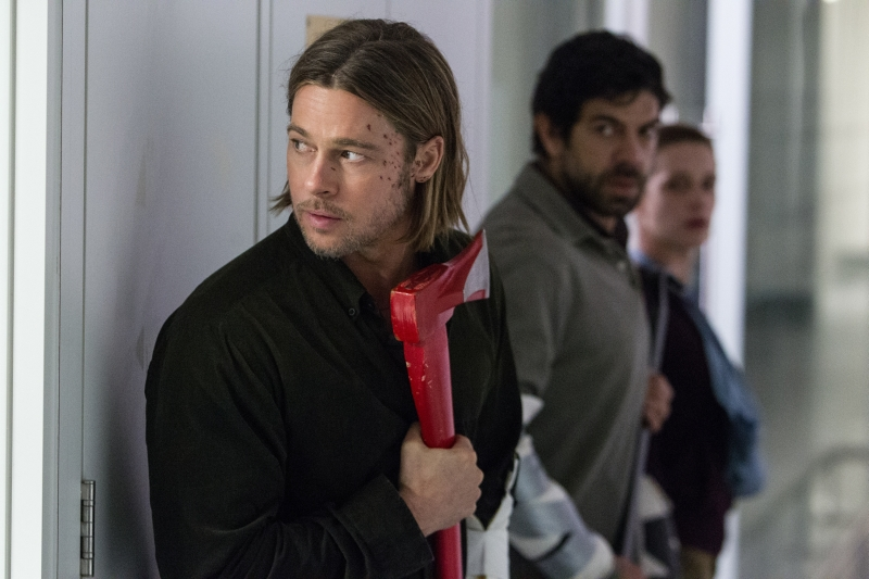 World War Z Brad Pitt Gerry with axe