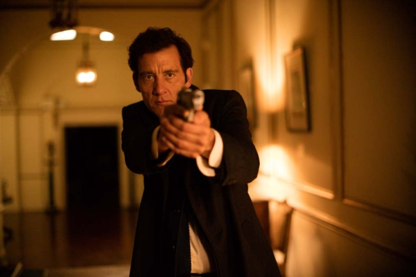 Anon movie Clive Owen gun drawn